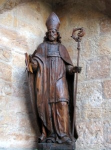 antica statua di san Bonifacio nel duomo di Fritzlar